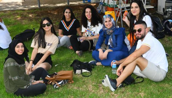 סדנאות הכנה לקריירה לסטודנטים ובוגרים בני החברה הערבית ورشات تحضيرية لسوق العمل للطلاب والخريجين العرب
